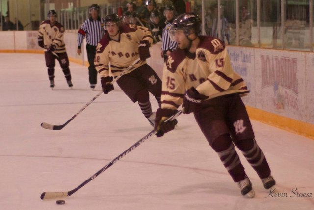 maroons_hockey_10_2_11_53.jpg